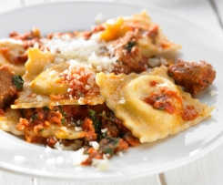 RAVIOLI WITH SWEET RICOTTA FILLING AND LAMB RAGU