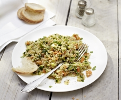 Quinoa Salad with Courgette and Carrot