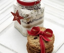 Cranberry and Pistachio Cookie Gift Jar