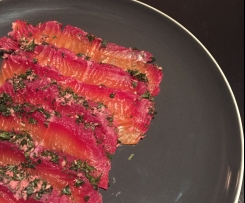 Beetroot Cured Gravadlax (Salmon)